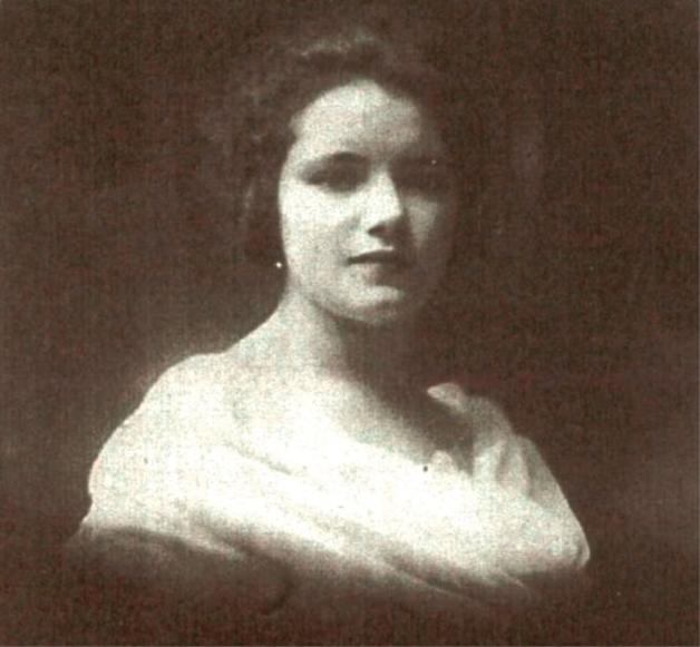 Marie, mãe de Mathilde Lefebvre