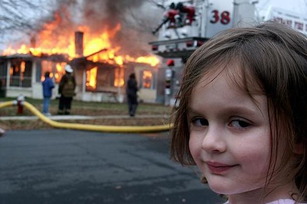 """Meme """"disaster girl"""""""