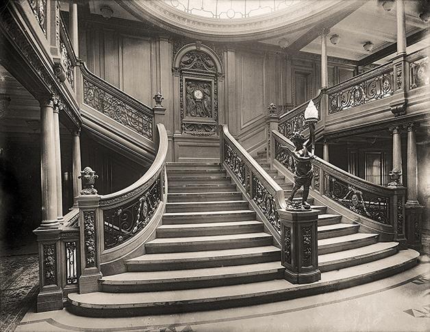 A famosa escadaria principal do Titanic