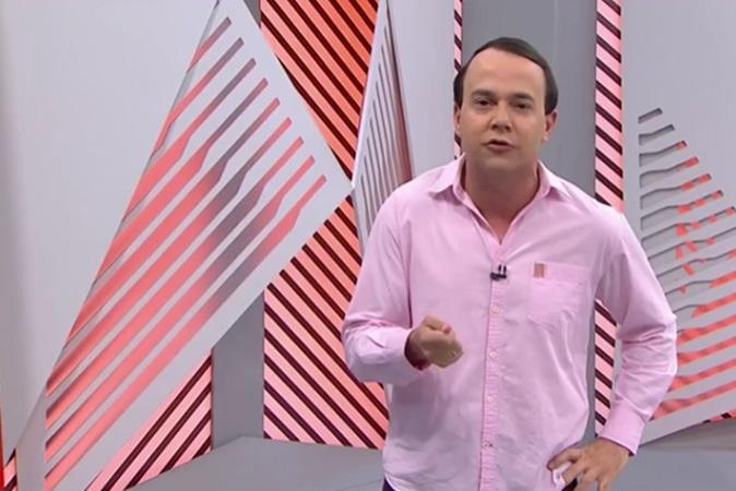 'BBB': apresentador se vestiu de Gil do Vigor e pagou promessa ao vivo