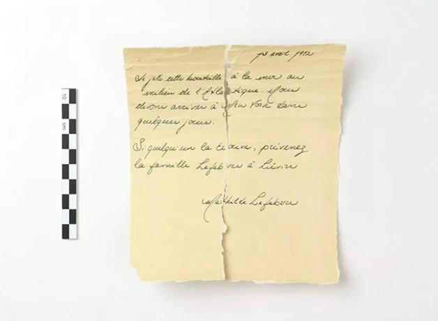 carta do Titanic encontrada em garrafa