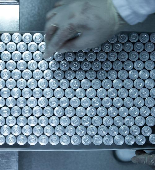 SP paralisa produção de vacinas contra covid por falta de insumos