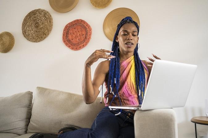 LGBTQIA+: 7 projetos que lutam por diversidade e inclusão no mercado de trabalho