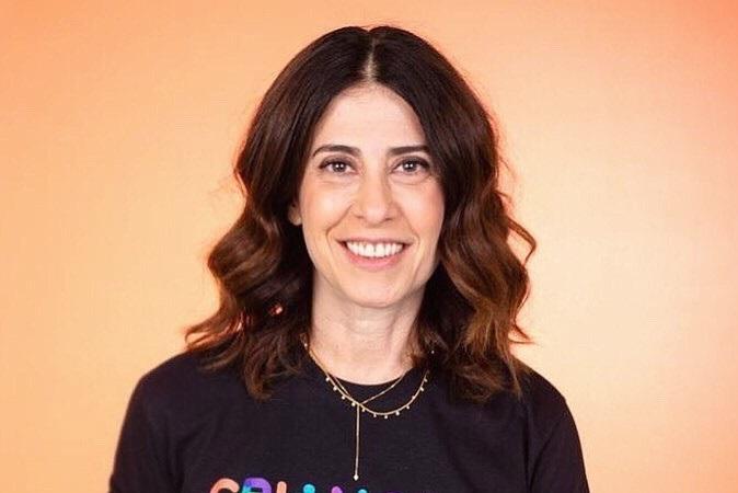 Fernanda Torres explica 'escolha de vacina' após ser imunizada contra a covid