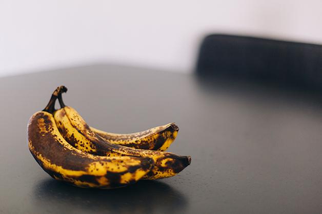 Banana escurecida