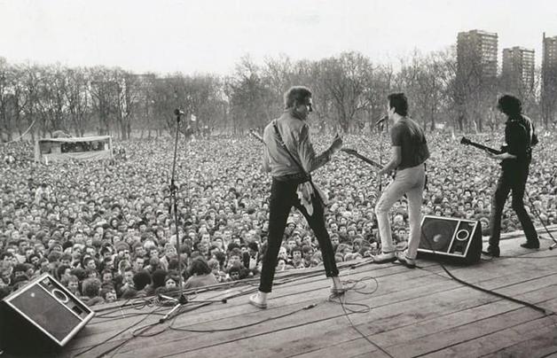 The Clash em show durante o festival Rock Against Racism, em 1978