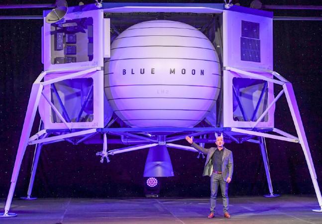 Jeff Bezos recebeu pagamento anônimo de US$ 28 mi por viagem ao espaço