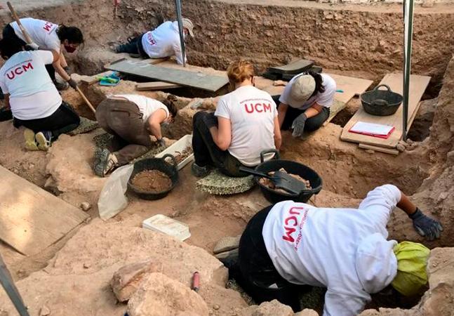 Escavações recuperam restos mortais de vítimas da Guerra Civil Espanhola