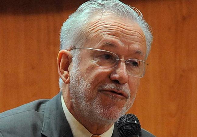 Alexandre Garcia faturou R$ 70 mil com notícias falsas, diz estudo