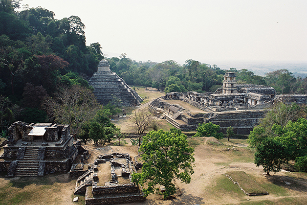 Os templos de Palenque, sítio arqueológico no México