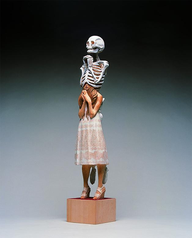 Escultura de Yoshitoshi Kanemaki