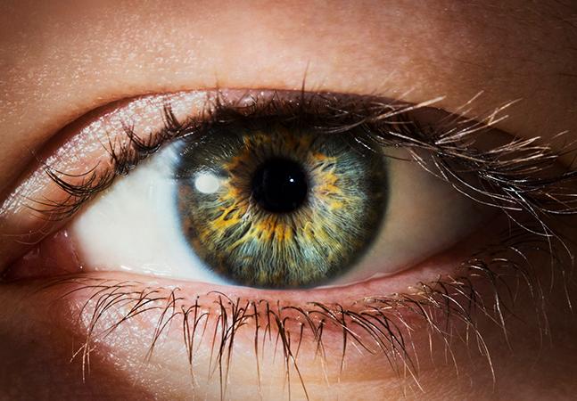 Terapia genética restaura parcialmente visão de homem cego e se mostra promissora