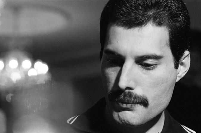 Queen: homofobia foi uma das responsáveis pela crise da banda nos anos 1980