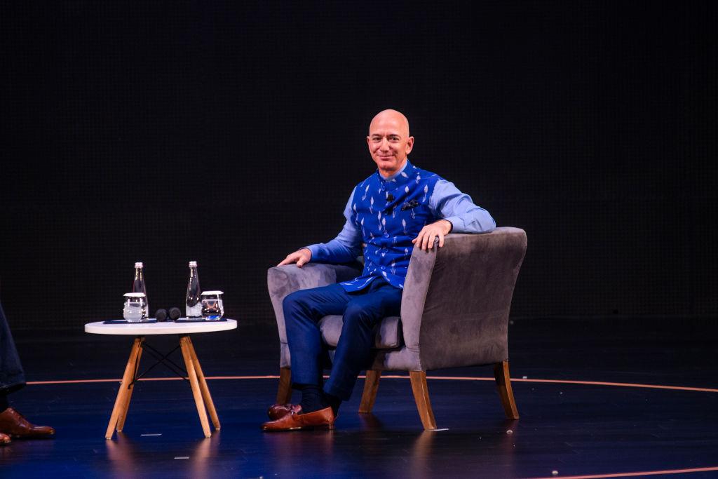 Jeff Bezos por Pradeep Gaur/Mint via Getty Images