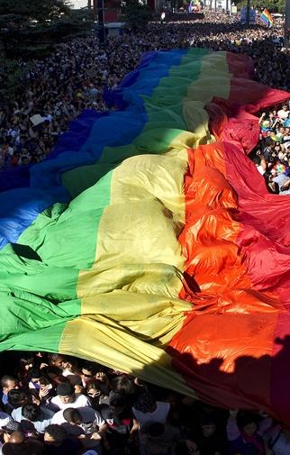 Orgulho LGBTQIA+ o ano inteiro: uma Prosa com Erica Malunguinho, Symmy Larrat, Theodoro Rodrigues e Diego Oliveira