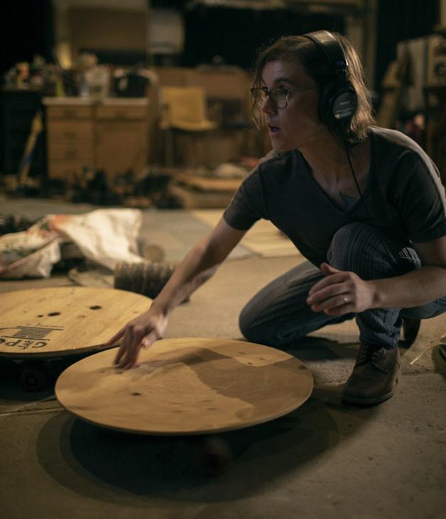 Cena do documentário sobre o Footstep Studios e a arte de sonorização