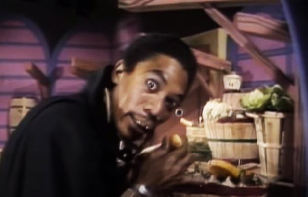 Morgan Freeman vivendo o vampiro Vincent na TV