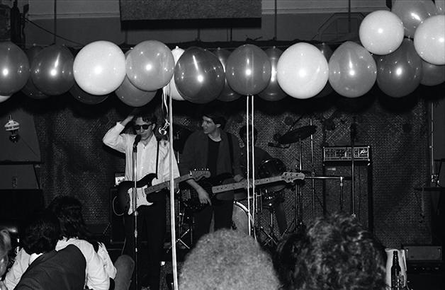 The Know, uma das bandas mais bem comportadas que Esther Wong preferia — no Madame Wong's em 1978