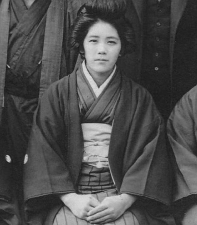 Takana aos 20 anos em 1923