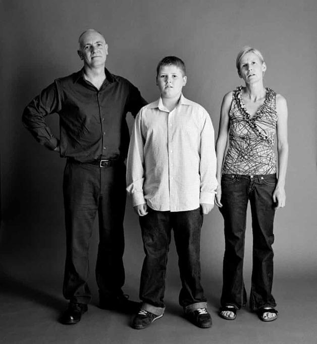 Em 2003, Frank e Sue tinham 48, e Eddie tinha 12