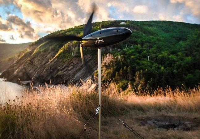 Shine Turbine: um carregador de eletrônicos portátil movido a energia eólica