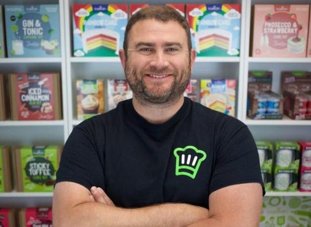 Joe Munns, CEO da Bakedin, que instaurou a semana de 4 dias na empresa