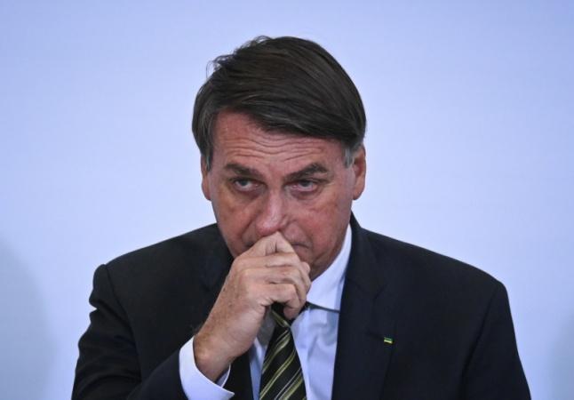 Obstrução intestinal que atingiu Bolsonaro ocorre quando fezes não encontram passagem