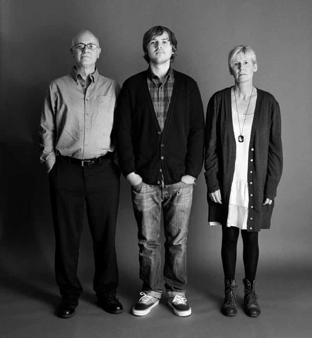 Frank e Sue com 54 e Eddie com 18 em 2009