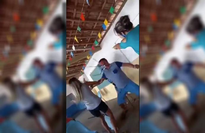 VÍDEO: fila de vacina contra a covid tem guerra de cadeiras por rixa antiga entre famílias