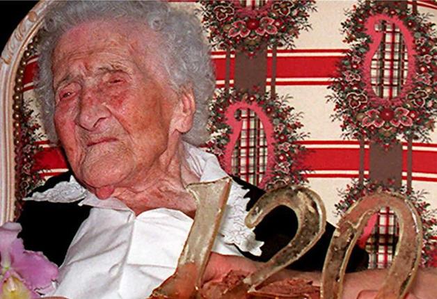 Jeanne Calment em seu aniversário de 120 anos, em 1995