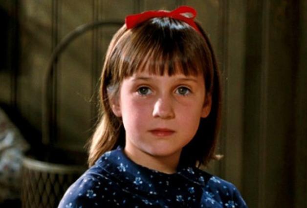 """Mara em cena no filme """"Matilda"""""""