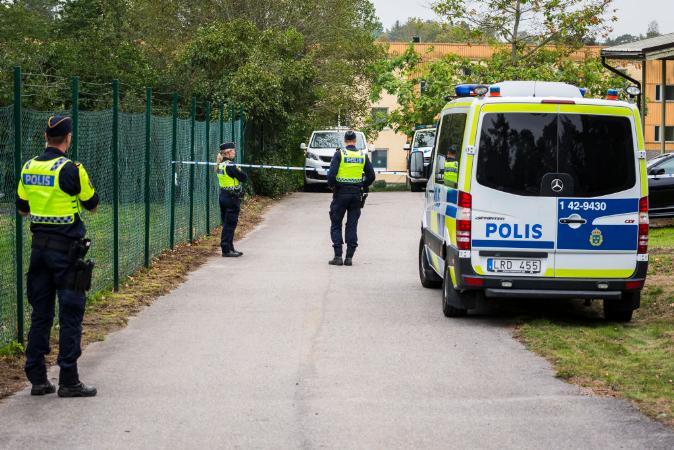 Suécia fica perplexa com 1ª morte a tiros de policial em 14 anos