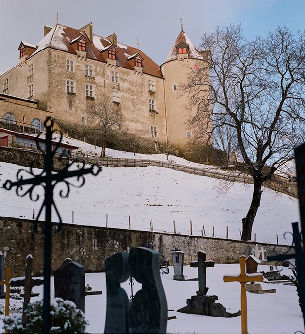 Château St. Germain, castelo onde se localiza o museu - e o bar - na Suíça