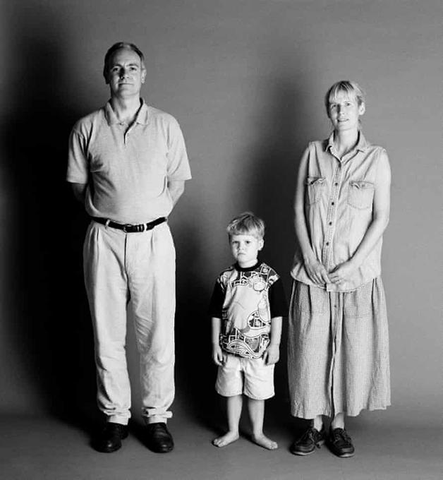 1995: Frank e Sue com 40, e Eddie com 4