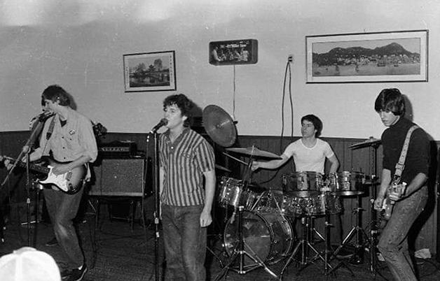 a banda Mod Philo no Kin's Coloma em 1980