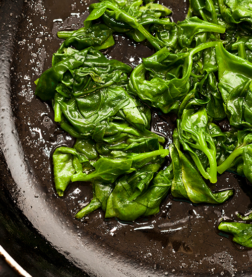 Espinafre é segredo para uma vida longa e saudável, apontam estudos
