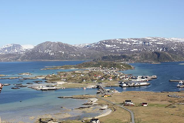 Visão geral da ilha ao norte da Noruega