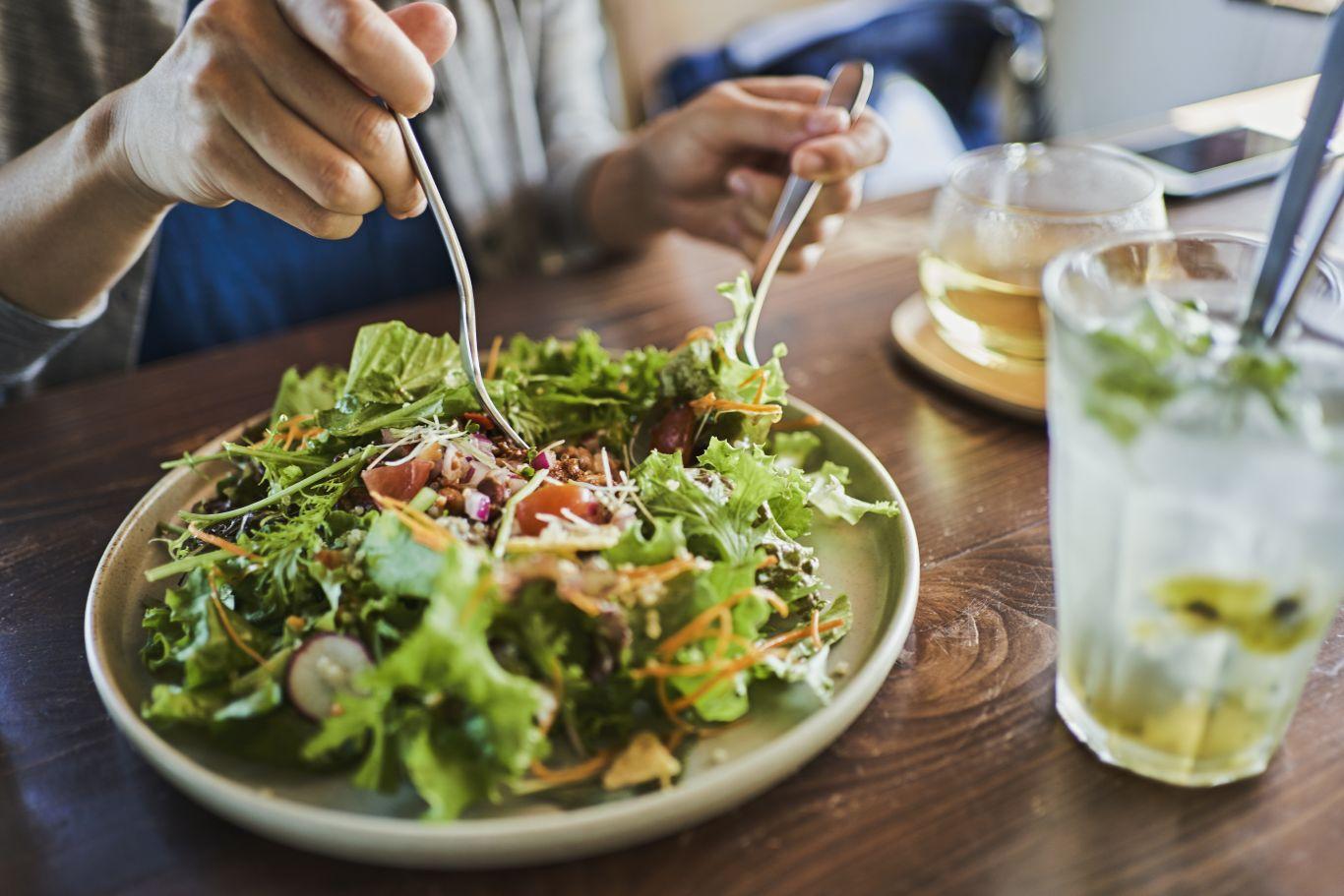 alimentação hábitos saudáveis envelhecimento
