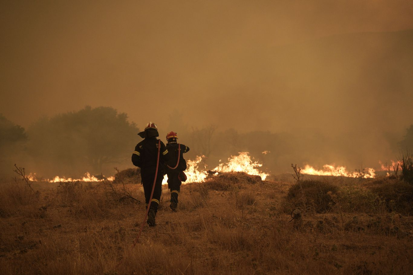 incêndio Grécia aquecimento mudanças climáticas