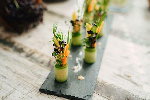 Rolinhos de saladas em miniatura
