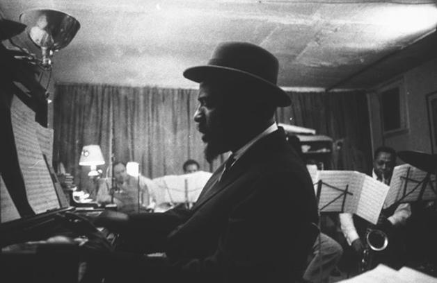 Thelonious Monk, o maior pianista da história do jazz, ao alcance da mão