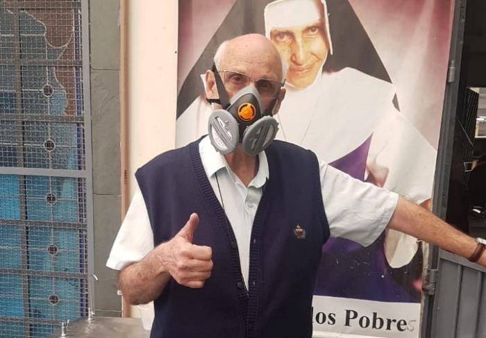 Pix da paróquia do Padre Julio Lancellotti bomba com doações após fala preconceituosa de Janaina Paschoal