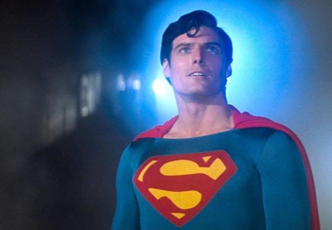 'Superman brasileiro' citado na CPI da Covid quer ser reconhecido pela Warner