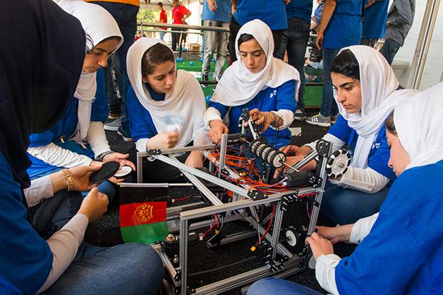 Equipe afegão de robótica