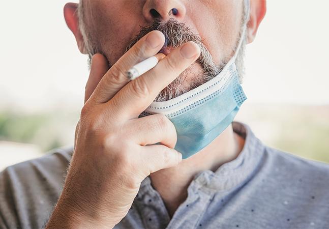 Covid: estudo sugere que fumar pode diminuir resposta imune da vacina