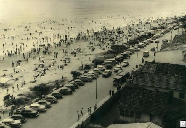 Praia de Balneário Camboriú na década de 70