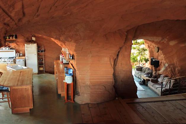 Fazenda em caverna no estado de Utah