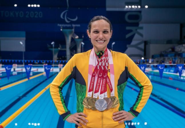 Maria Carolina Santiago: 3 ouros na estreia em Paralimpíadas e um lugar na história do esporte do Brasil