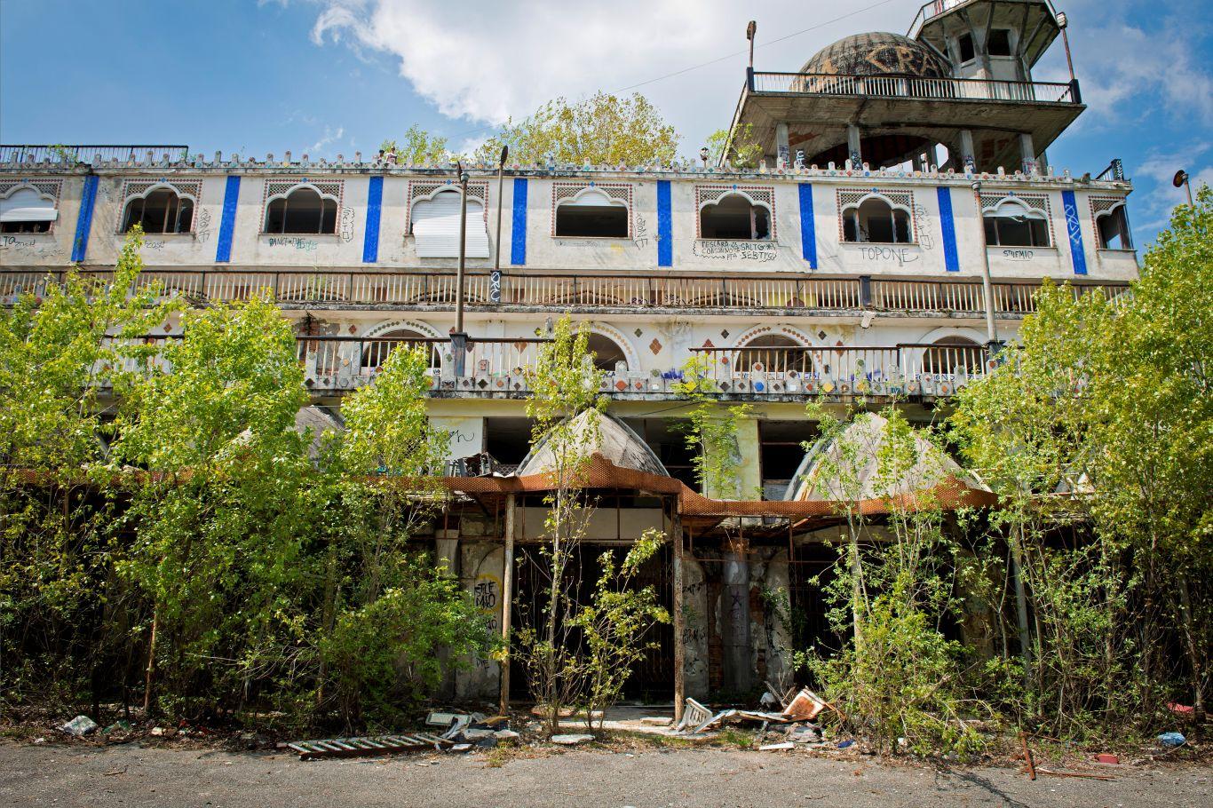A cidade abandonada de Consonno