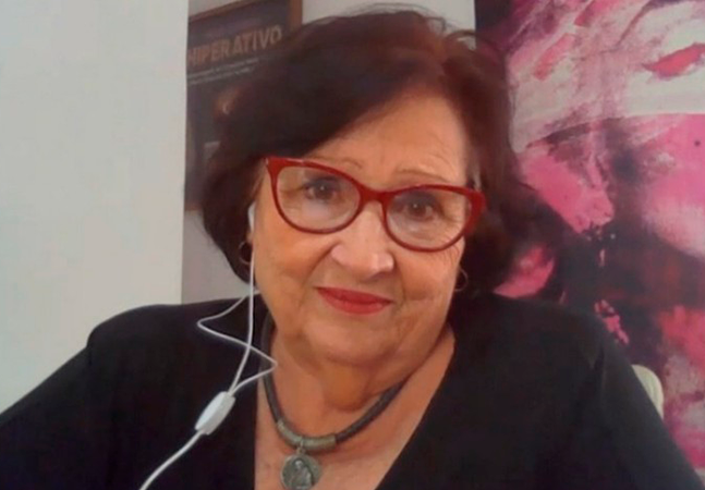 Mãe de Paulo Gustavo se emociona no 1º aniversário sem o filho e elogia genro